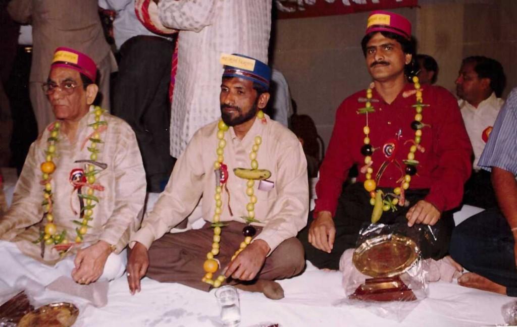 Alhad Bikaneri on Maha Moorkh Kavisammelan Jaipur Stage3 Year 2000